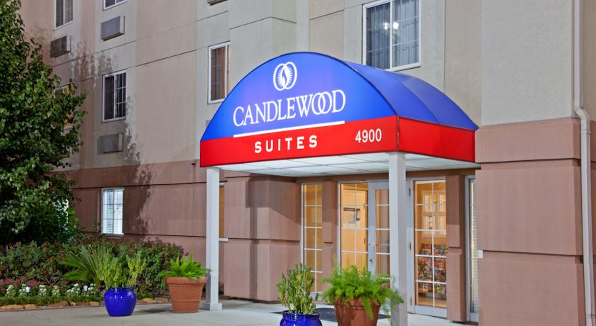 Фото отеля Candlewood Suites Houston by the Galleria -