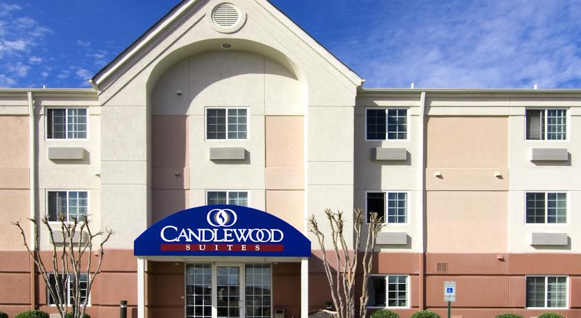 Фото отеля Candlewood Suites Petersburg - Hopewell 2*