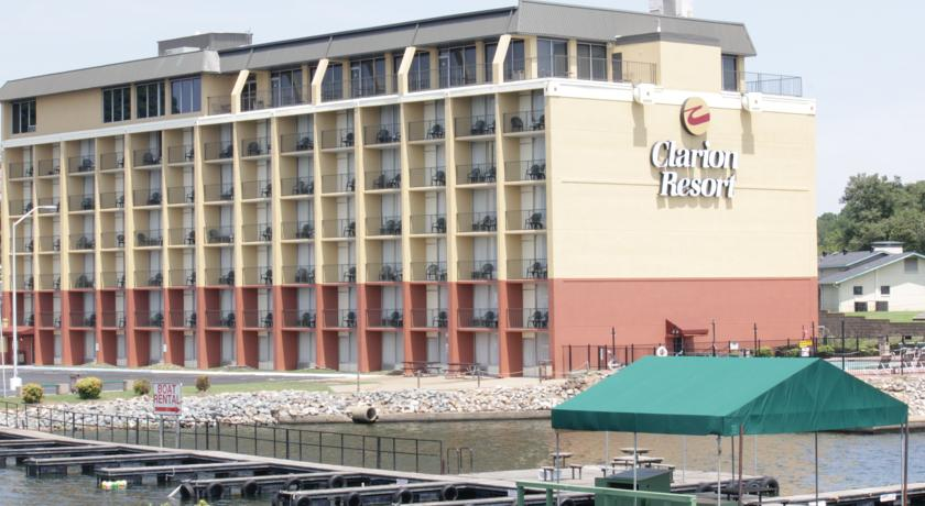 Фото отеля Clarion Resort On the Lake 3*