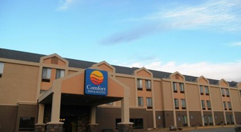 Фото отеля Comfort Inn Kansas City 2*