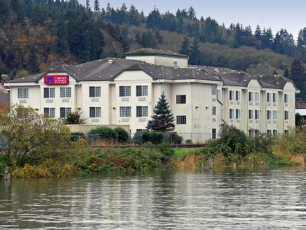 Фото отеля Comfort Suites Columbia River 3*