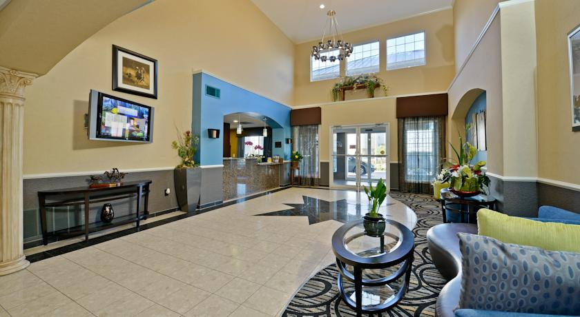 Фото отеля Comfort Suites Weatherford 2*