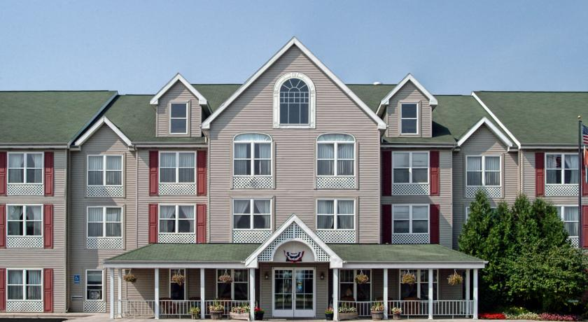 Фото отеля Country Inn & Suites By Carlson Birch Run 3*