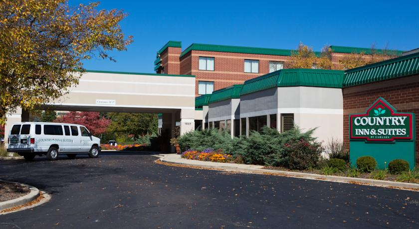Фото отеля Country Inn & Suites by Carlson Naperville 3*