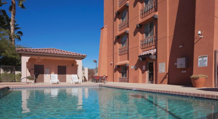 ���� ����� Country Inn & Suites By Carlson Phoenix Airport at Tempe 3*