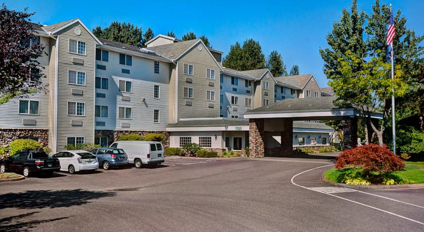 Фото отеля Country Inn & Suites By Carlson Portland Airport 3*