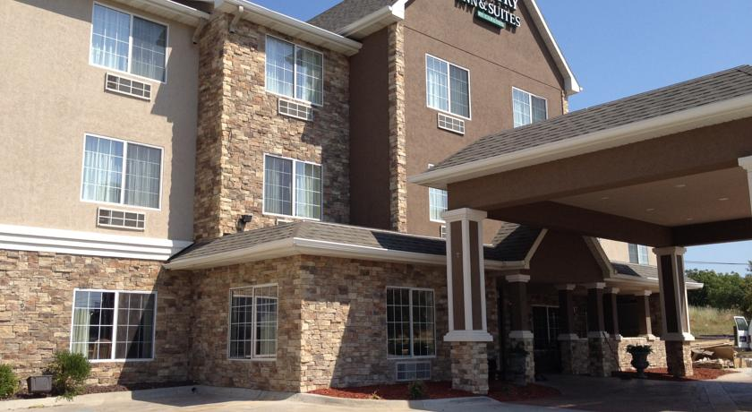 Фото отеля Country Inn & Suites By Carlson Topeka West 2*