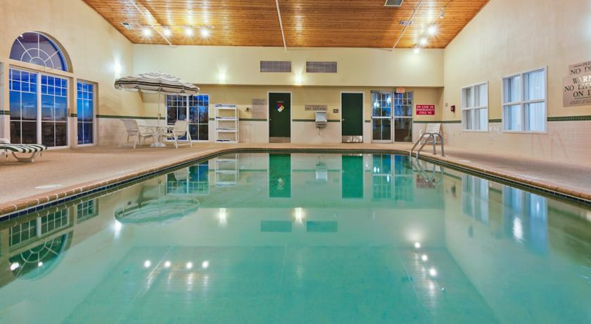 ���� ����� Country Inn By Carlson Grinnell 3*
