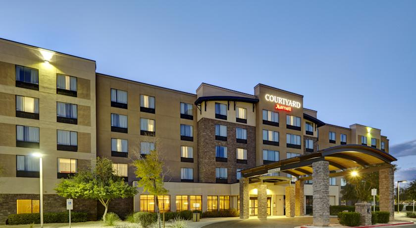 Фото отеля Courtyard by Marriott Phoenix North - Happy Valley 3*