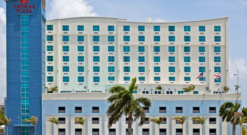 Фото отеля Crowne Plaza Ft Lauderdale Airport-Cruise 3*