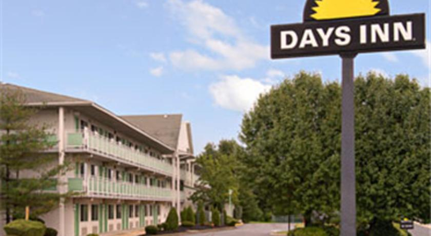 Фото отеля Days Inn Brooklawn Philadelphia 2*