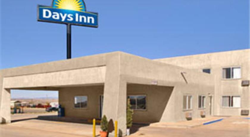 Фото отеля Days Inn Taos 2*