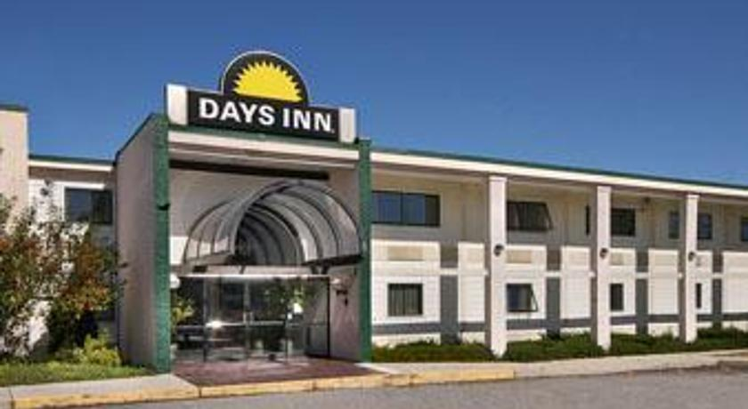 Фото отеля Days Inn Worcester Shrewsbury 2*