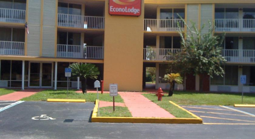Фото отеля Econo Lodge Polynesian 2*