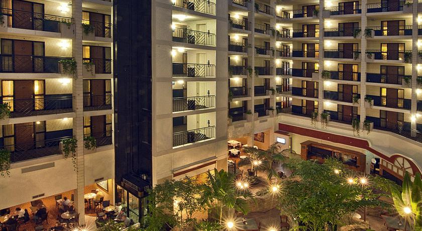 Фото отеля Embassy Suites Baltimore North - Hunt Valley 3*