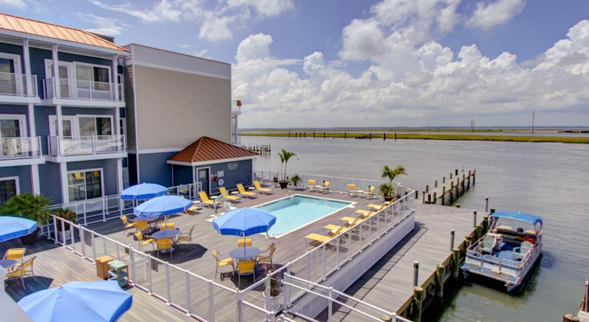 Фото отеля Fairfield Inn & Suites by Marriott Chincoteague Island 2*