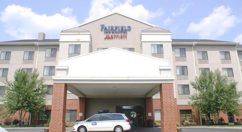 Фото отеля Fairfield Inn & Suites Pittsburgh Neville Island 2*