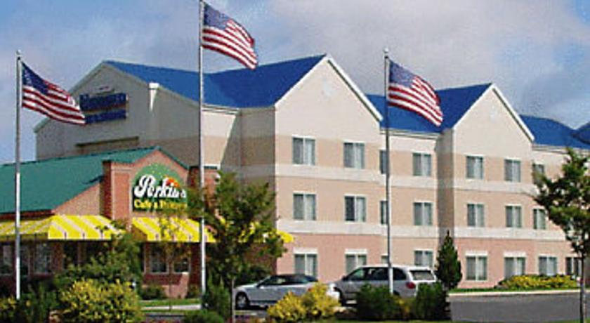 Фото отеля Fairfield Inn & Suites Salt Lake City Airport 3*