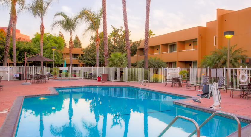 Фото отеля Fairfield Inn & Suites San Jose Airport 3*
