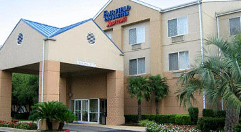 Фото отеля Fairfield Inn Beaumont 2*