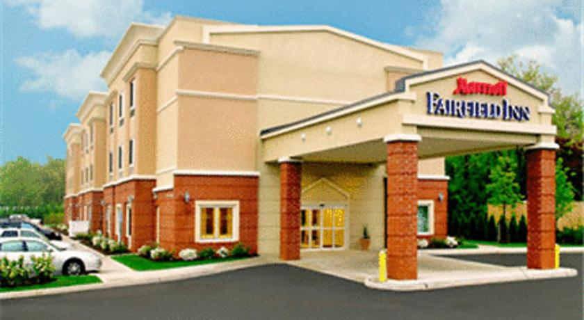 Фото отеля Fairfield Inn Medford Long Island 2*