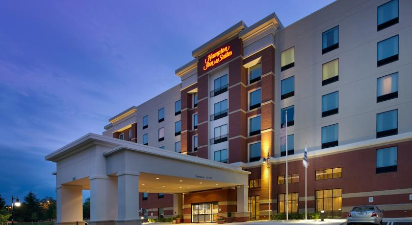 Фото отеля Hampton Inn & Suites Washington DC North 3*