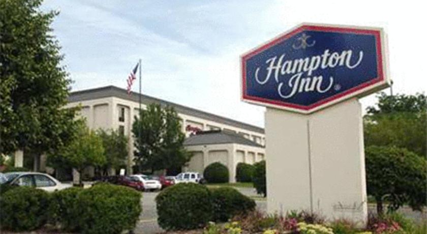 Фото отеля Hampton Inn Rockford 3*
