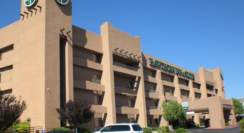 Фото отеля Hawthorn Suites by Wyndham Albuquerque 3*