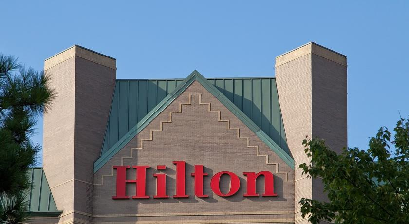 Фото отеля Hilton Atlanta Northeast -