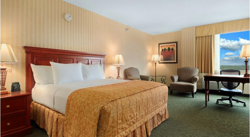 Фото отеля Hilton Chicago - Northbrook 3*