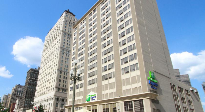 ���� ����� Holiday Inn Express & Suites Detroit Downtown 3*
