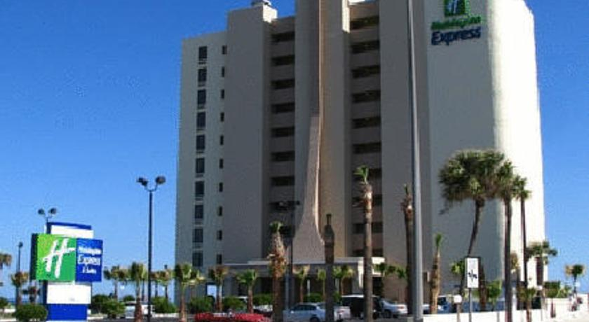 Фото отеля Holiday Inn Express & Suites Oceanfront Daytona Beach Shores 2*