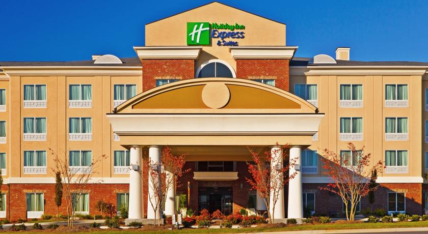 Фото отеля Holiday Inn Express & Suites Ooltewah Springs-Chattanooga 3*