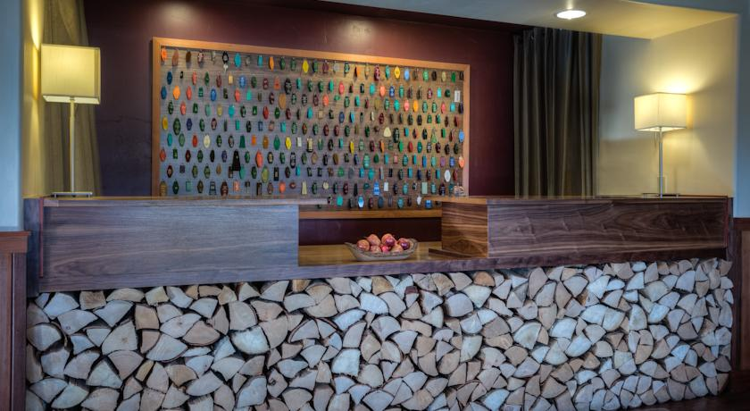 Фото отеля Holiday Inn Express Fortuna ferndale Area 3*