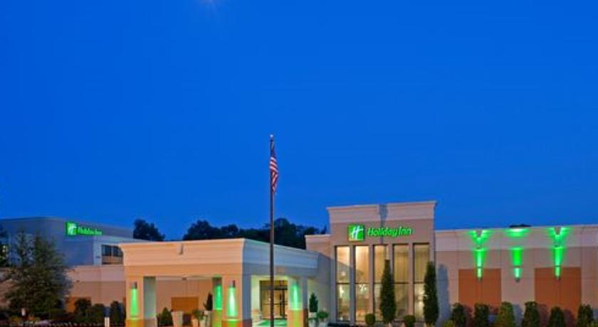 Фото отеля Holiday Inn Orangeburg-Rockland - Bergen Counties 3*