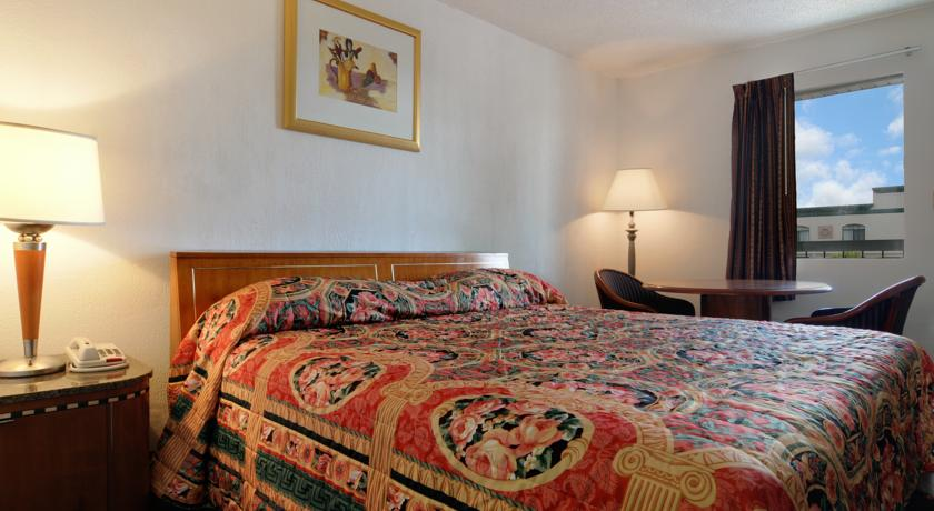 ���� ����� Howard Johnson Inn Austell