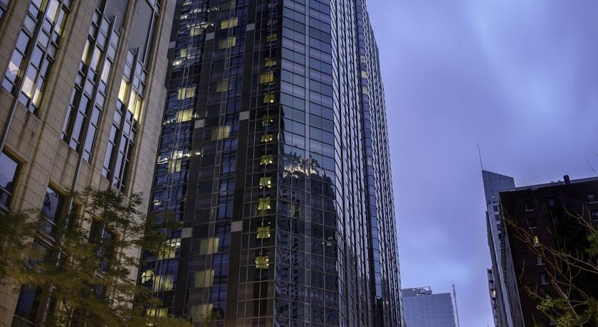 Фото отеля Hyatt Chicago Magnificent Mile 4*