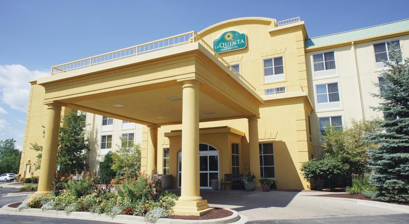 Фото отеля La Quinta Inn & Suites Milwaukee SW New Berlin 3*