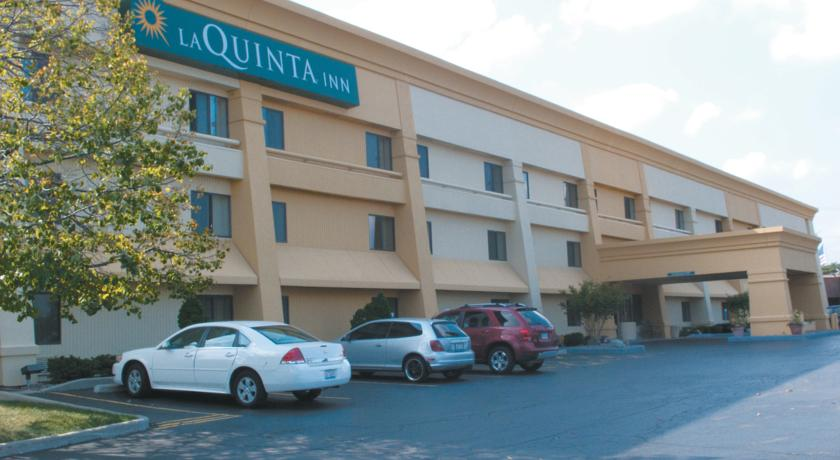 Фото отеля La Quinta Inn Milwaukee West Brookfield 2*