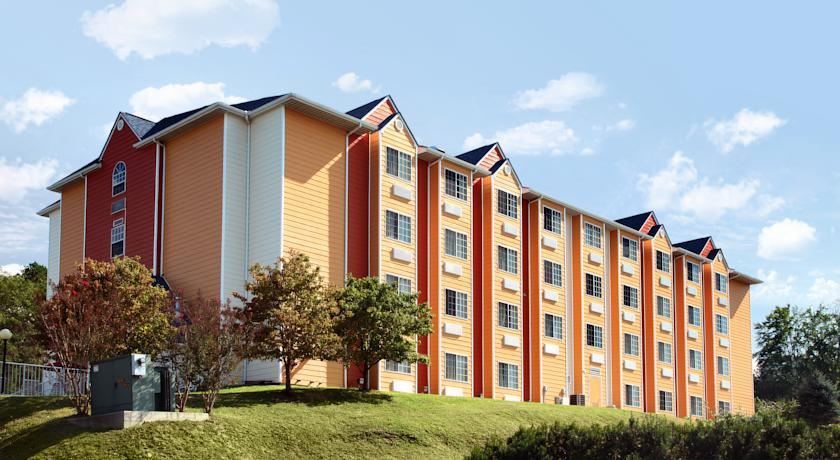 Фото отеля Microtel Inn and Suites by Wyndham Pigeon Forge 2*