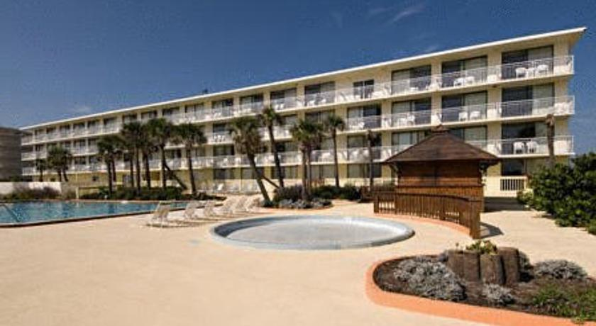Фото отеля Ocean Shore Resort ex Ramada Limited On the Beach 2*
