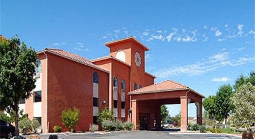 Фото отеля Quality Inn & Suites Albuquerque West 2*
