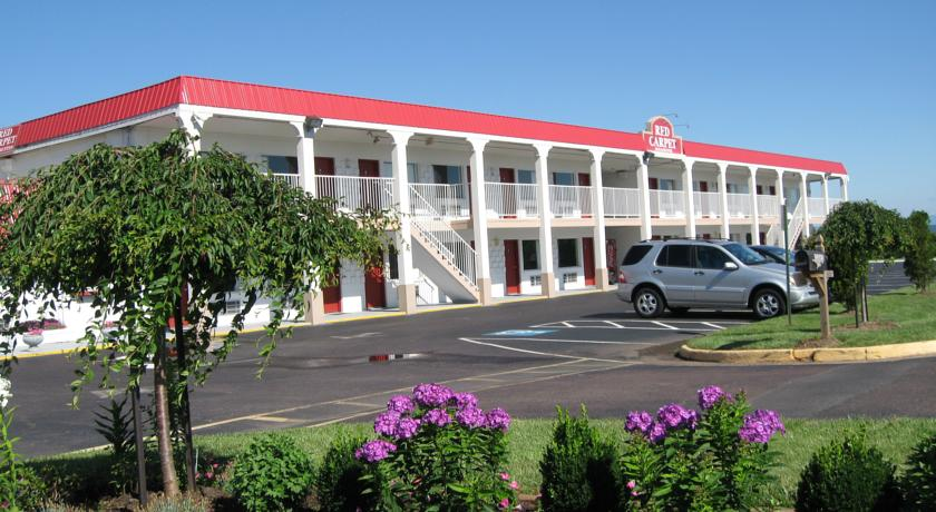 Фото отеля Red Carpet Inn & Suites Culpeper