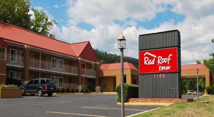 Фото отеля Red Roof Inn Hot Springs 2*