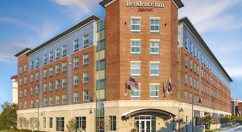 Фото отеля Residence Inn Boston Logan Airport - Chelsea -