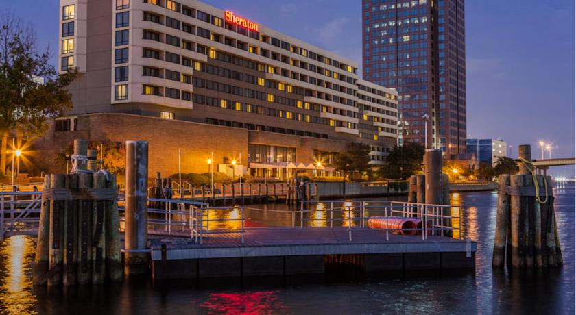 Фото отеля Sheraton Norfolk Waterside 3*