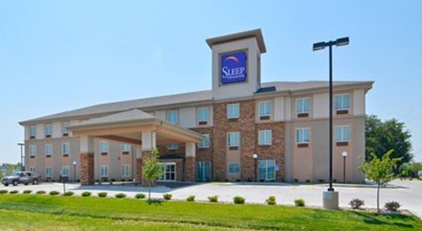 Фото отеля Sleep Inn And Suites Haysville 2*