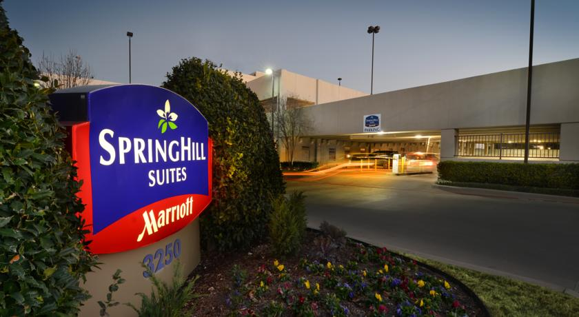 Фото отеля SpringHill Suites Fort Worth University -