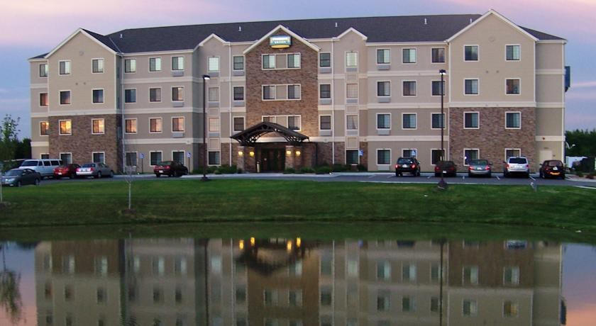 Фото отеля Staybridge Suites Wichita -