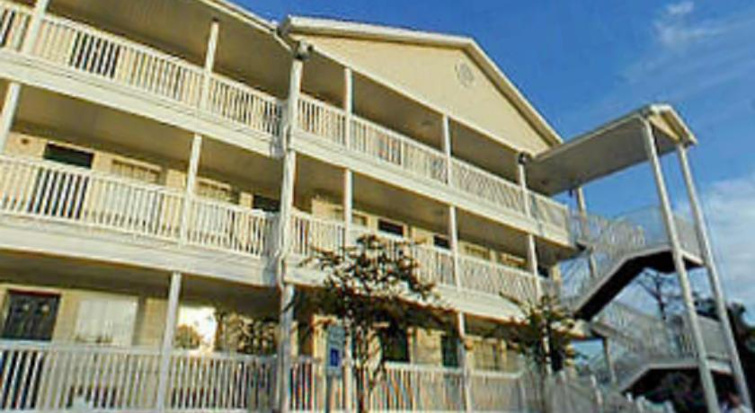 ���� ����� Sun Suites of Hobby Clearlake 2*